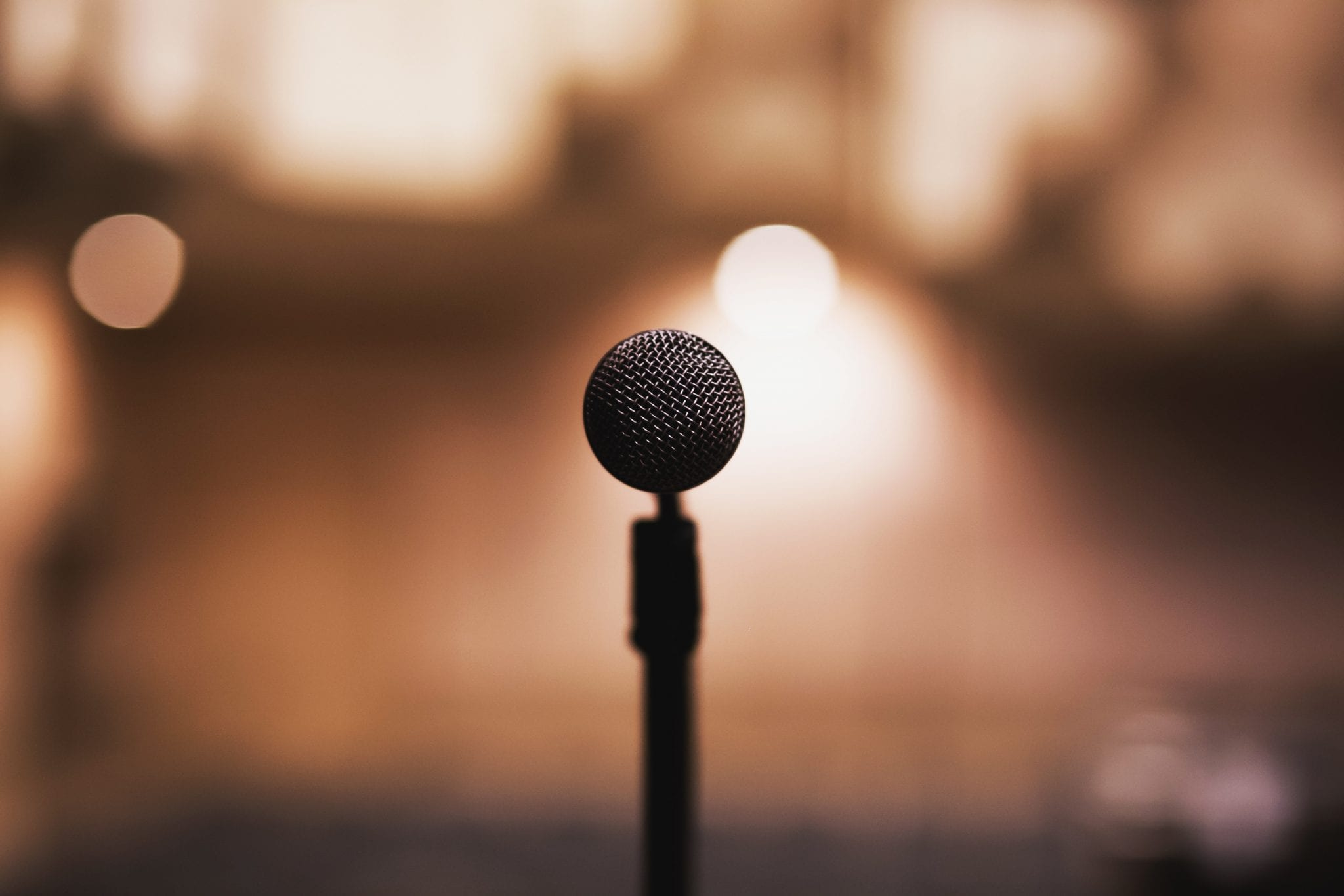 How to Plan a Stellar Speaking Event for Your Business